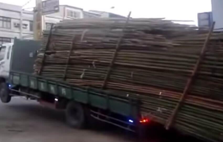 Trucks Not Using Brakes Cars